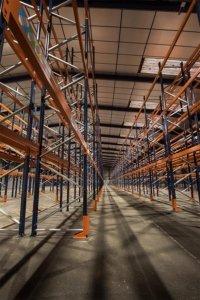 racks-stockage-manutentionnaires